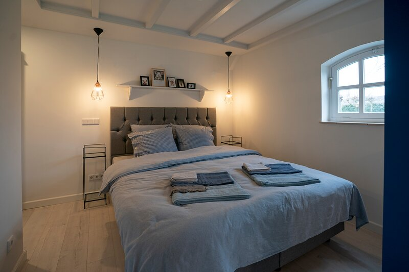 B&B guest room in farmhouse near Eindhoven Min stay 2 nights Breakfast included!, alquiler de vacaciones en Eindhoven