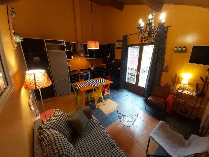 Apartamento,90A.Con jardín, alquiler vacacional en Ares