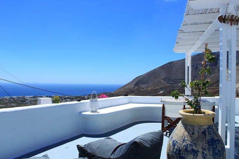 Lodras' House Genuine Santorini, location de vacances à Fira