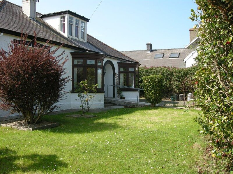Kenvor-easy access,beaches,walks,mountains, alquiler vacacional en Newport -Trefdraeth