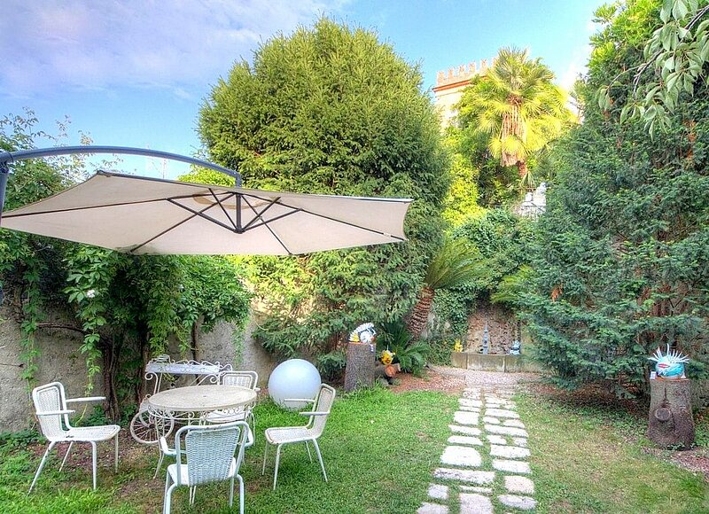 Finale Ligure Villa Sleeps 8 - 5882814, vacation rental in Finalborgo