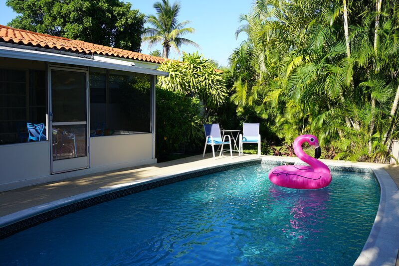 Beautiful home with private pool, casa vacanza a Miami Gardens