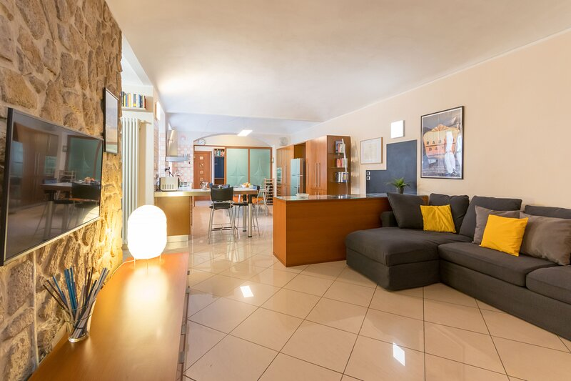 Casa Emiland vicino al fiume Dora, holiday rental in Balangero