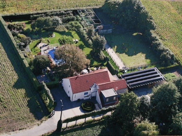 vakantiehuis tende - ruime villa met zwembad en sauna voor 10 pax, location de vacances à Dentergem