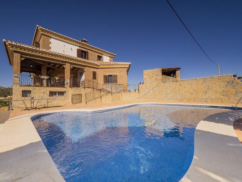 Cubo's Casa Rural El Ventorrillo, holiday rental in Gobantes