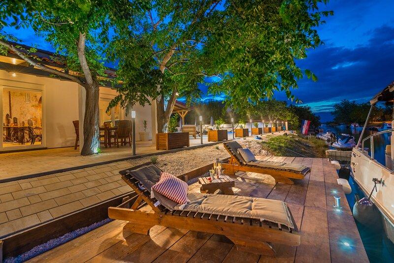 Villa Rita I, holiday rental in Nin