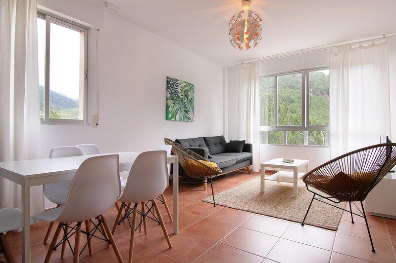 EL ARRECORZO,  apartamento de 3 habitaciones en la Sierra de Gredos., location de vacances à Mombeltran