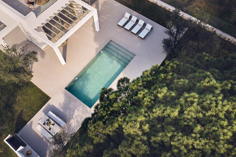 Aquatic Villa, a Sensory Retreat, holiday rental in Vasilikos