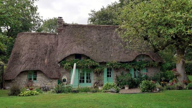 Real B&B 'BrAd en Brière' in nice typical cottage, location de vacances à Saint-Lyphard