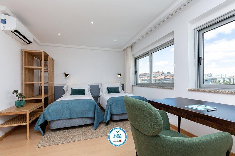 Feel Porto Corporate Housing CC6 (Amueblado), vacation rental in Valongo