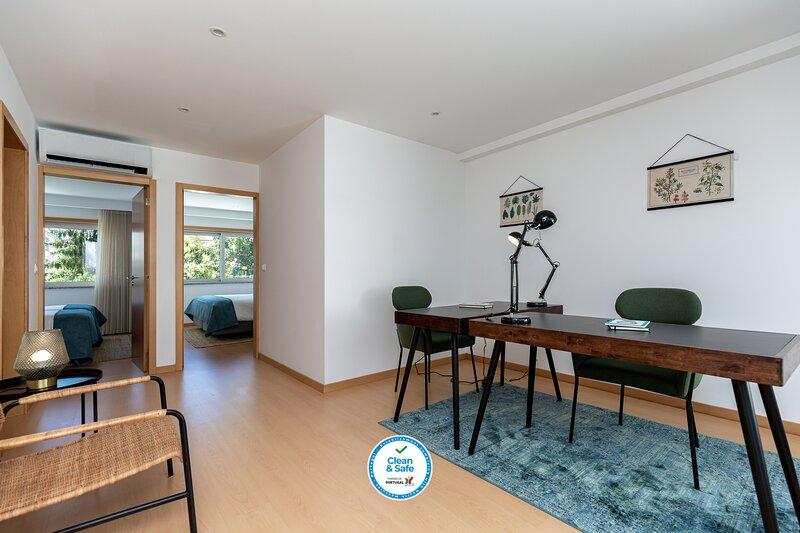 Feel Porto Corporate Housing CC2 (Negocio), vacation rental in Valongo