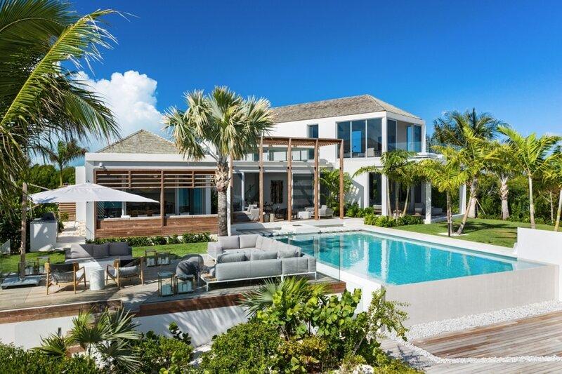 Villa Cabuya | Beach Front - Located in Stunning Leeward with Private Pool, alquiler de vacaciones en Leeward