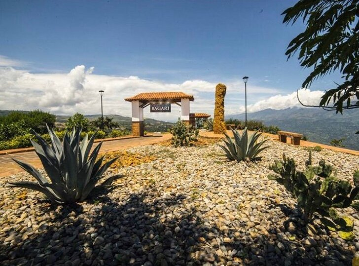 Casa Blanca Bagari in Barichara, vacation rental in Socorro