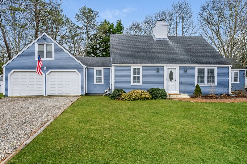 75 Pinewood Road Hyannis Cape Cod - Tide the Knot, holiday rental in Hyannis