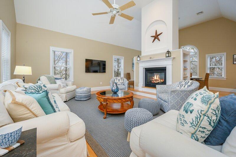 51 Nantucket Street Hyannis Cape Cod ~ Chasing Alpha, holiday rental in Hyannis