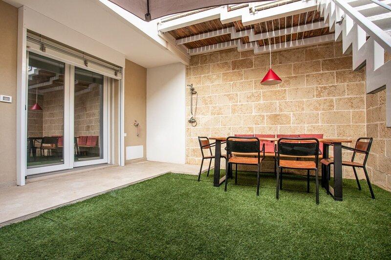 Appartamento Artemide | spazio esterno, wifi, a/c, holiday rental in Scala di Furno