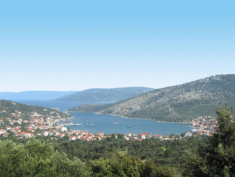 Apartment Sollis III, alquiler de vacaciones en Arbanija