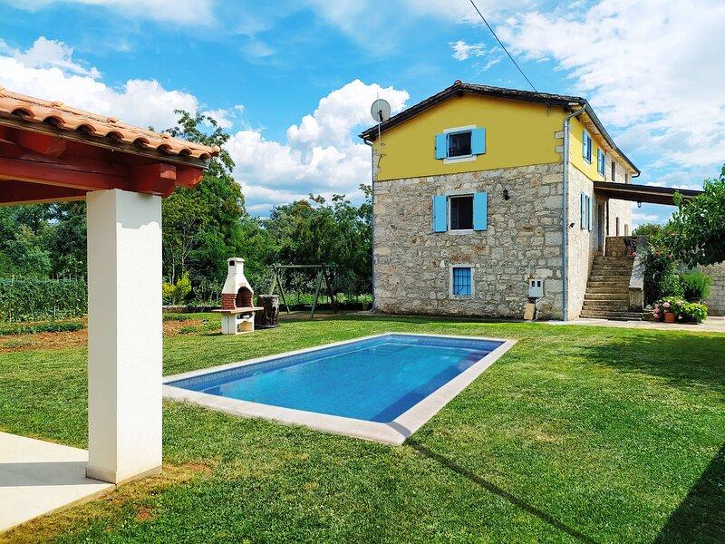 Lovely stone house near Porec - Istria, location de vacances à Porec