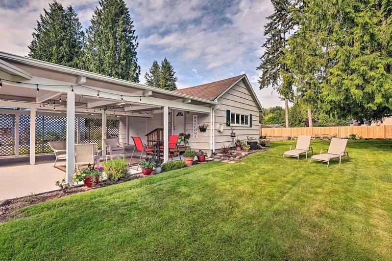 NEW! Charming Updated Studio: Walk to Lake Stevens, alquiler vacacional en Granite Falls