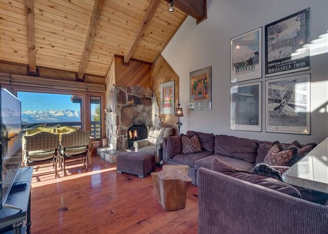 Tahoe Condo, 3 bedroom close to Ski Resort (SL744A), holiday rental in Genoa