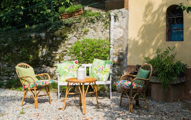 Casa Rosa, close to the beach, private parking, holiday rental in Palanzo