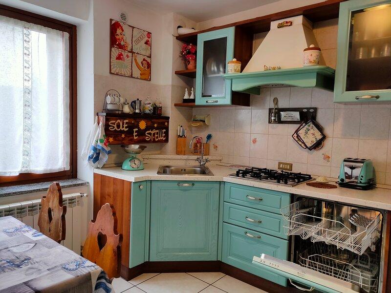 Sole e Stelle - Junior Suite Stelle, casa vacanza a Barasso