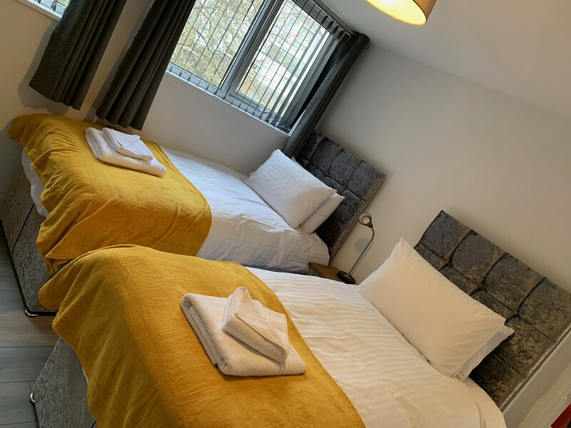 Waterloo by Pureserviced, holiday rental in Plymouth