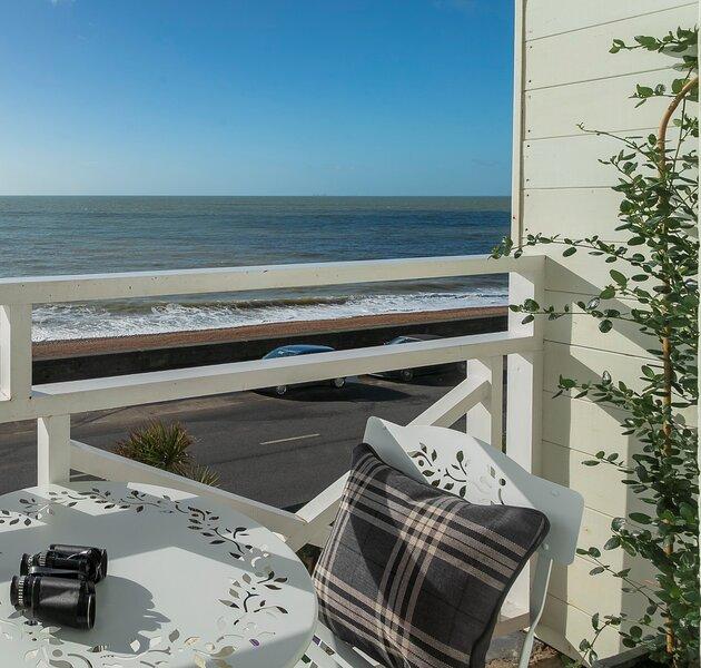 **NEW**  Sandgate - First Class Seaside Breaks, vacation rental in Folkestone