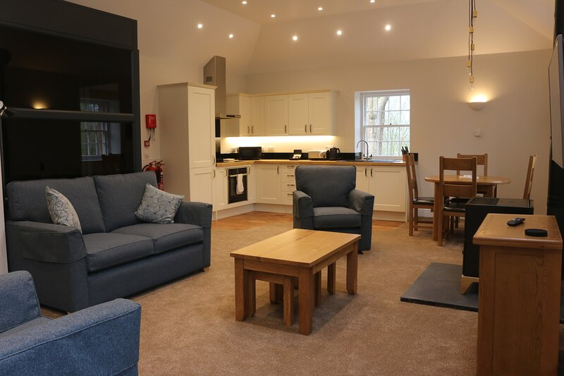 Netherby Hall - Independent (Accessible Apartment), alquiler vacacional en Gretna Green