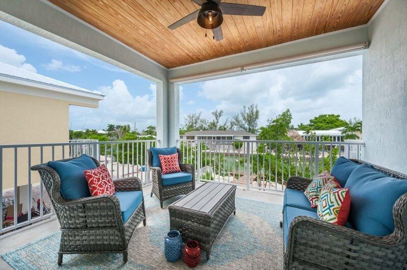 Coastal Key 3 bed 2 bath with pool kayaks, bikes, kayaks and dock, alquiler de vacaciones en Marathon Shores