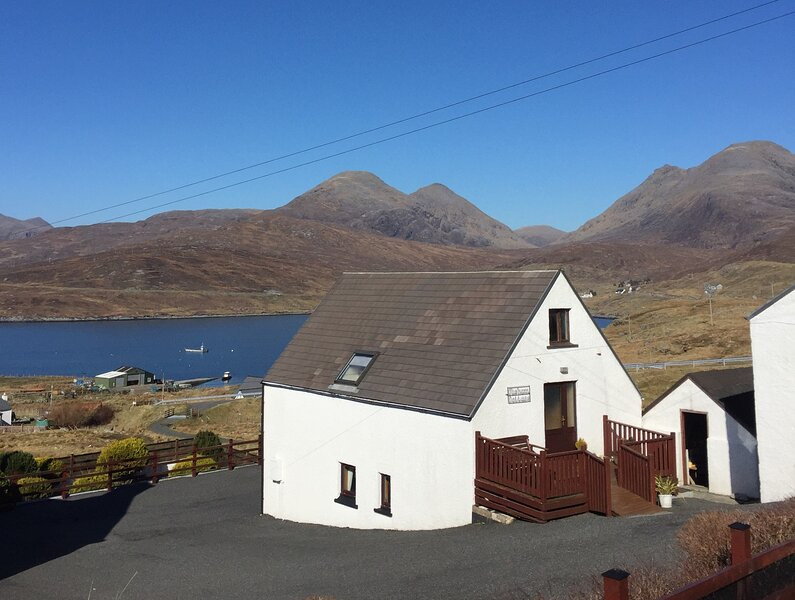 Clisham Cottage, Ardhasaig (Aird Asaig), vacation rental in Lewis and Harris