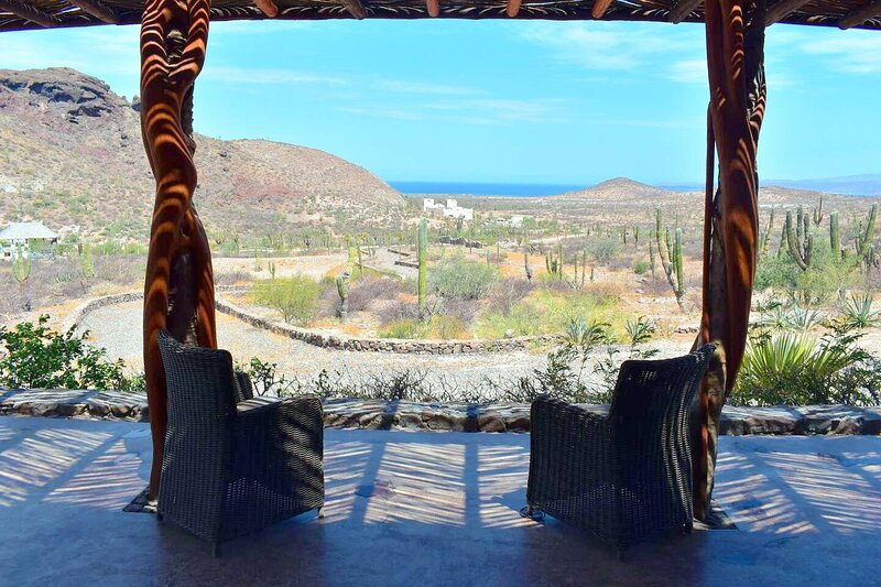 Rancho San Lorenzo, A natural Sanctuary home overlooking the sea of Cortes, vacation rental in La Paz
