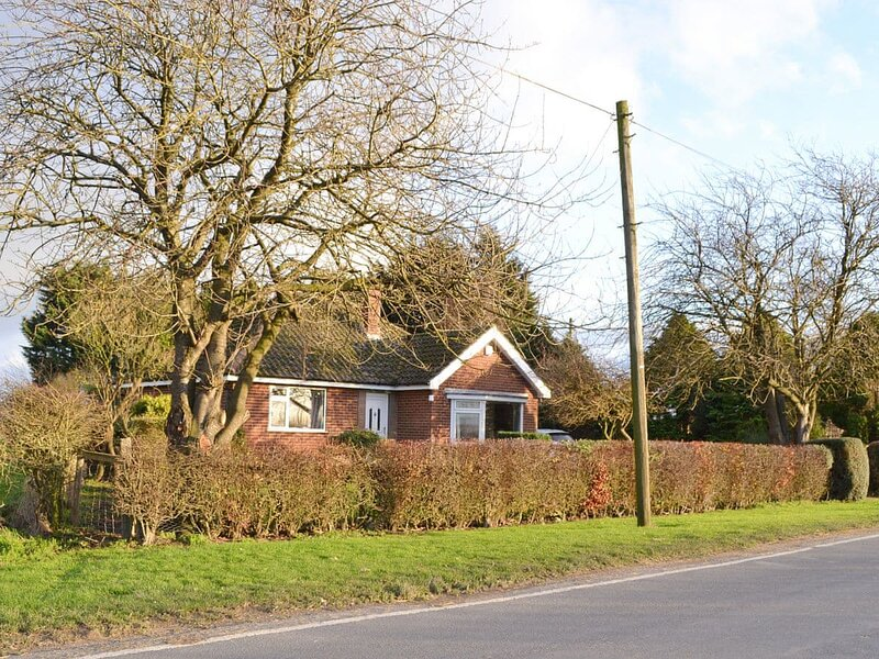Wayside Cottage, holiday rental in Bainton