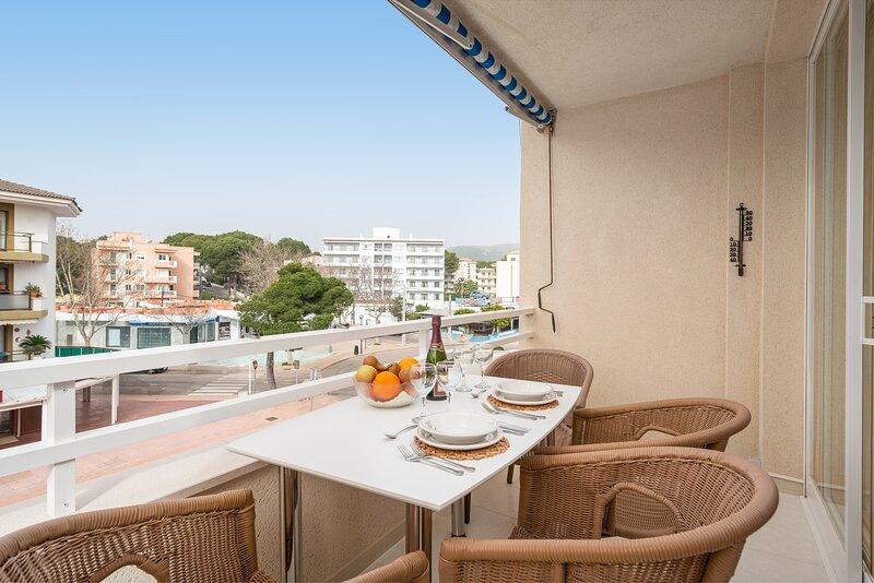 CASA LAURA (CALA RAJADA) - Apartment for 4 people in Cala Rajada, holiday rental in Cala Agulla