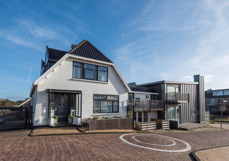 Studio with bath Bergen aan Zee, holiday rental in Bergen aan Zee