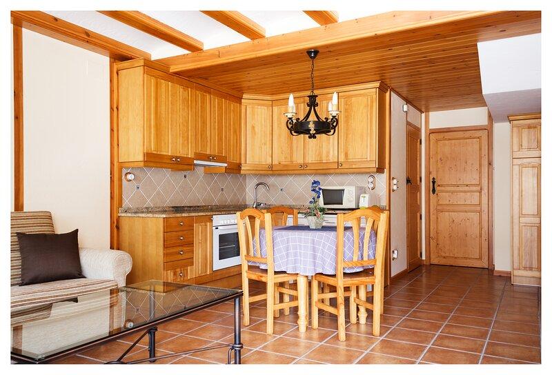 El Casal de Nicolás, Apartamento hasta 6 personas, casa vacanza a Puertomingalvo