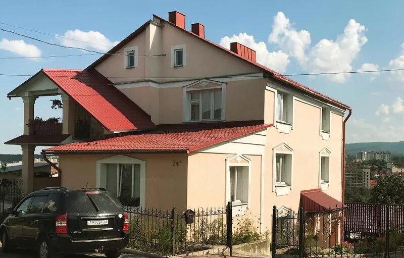 Hercules Apartment, alquiler de vacaciones en Ucrania