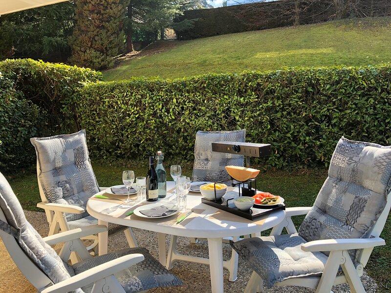 Appartement jardin près du lac à Evian, alquiler de vacaciones en Lausana