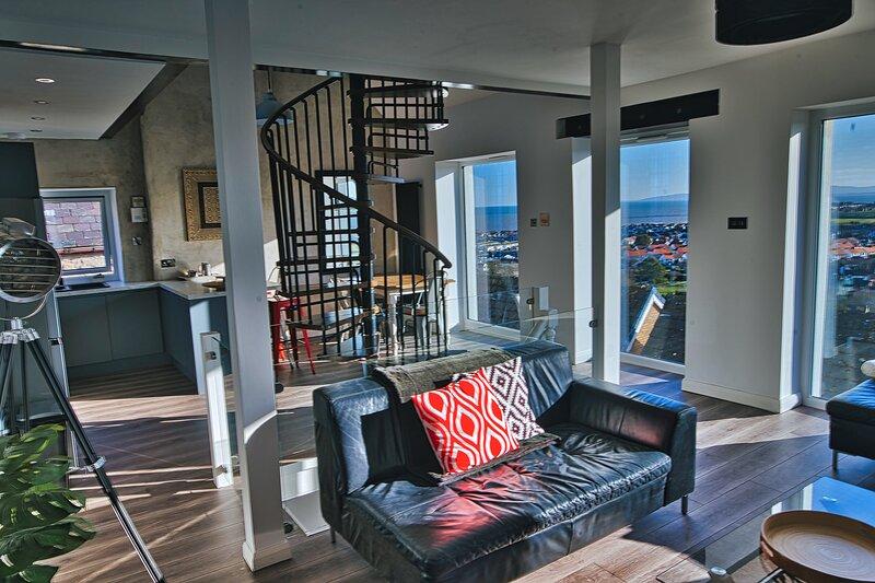 Detached House with Amazing Sea View by Llandudno & Conwy, location de vacances à Llandudno