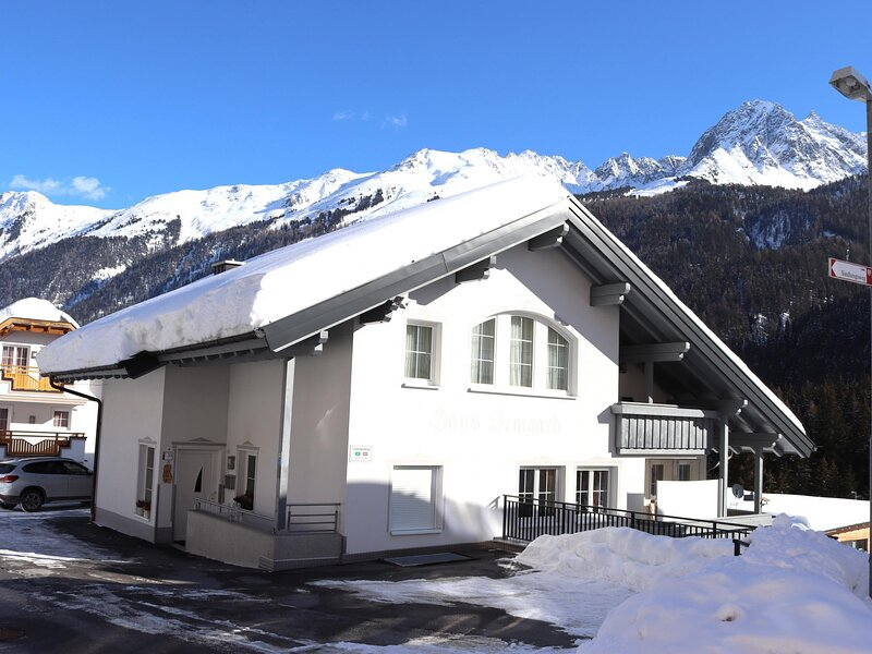 Haus Irmgard I, vacation rental in Samnaun