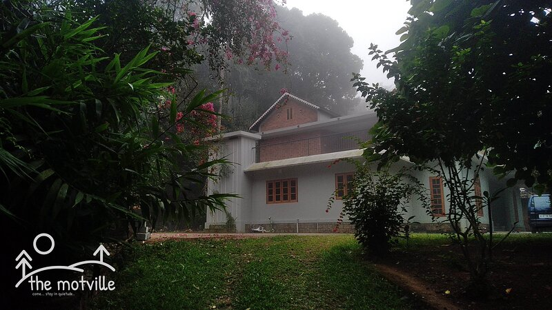 the motville ... A holiday home for you to stay in quietude... in Wayanad, holiday rental in Muthanga