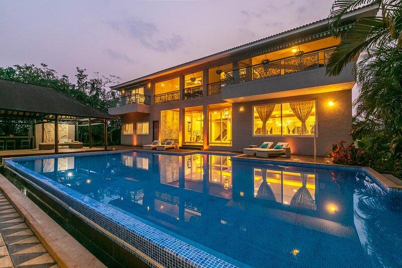 Umber Villa by Vista Rooms, aluguéis de temporada em Raigad District