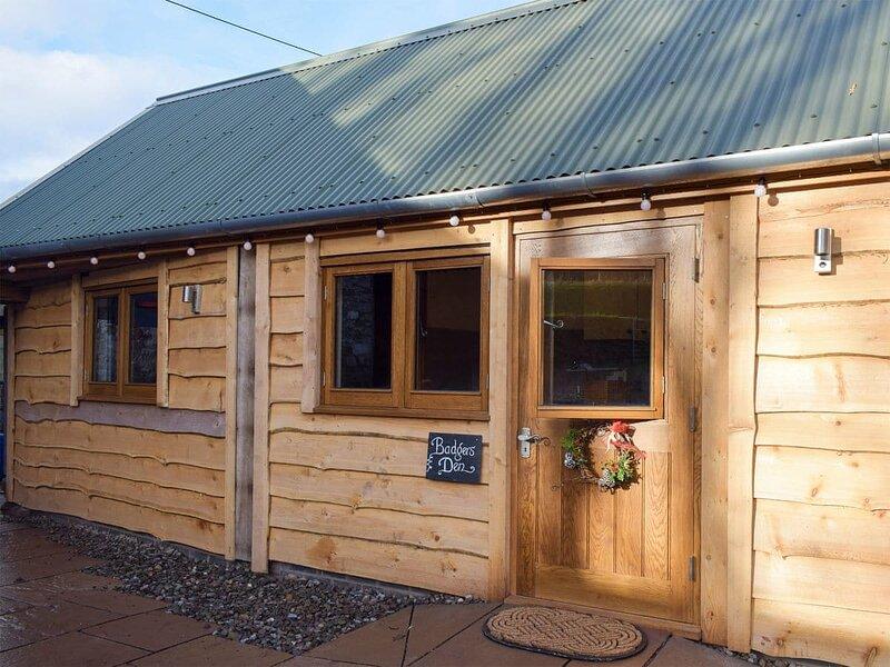 Badgers Den - UK32084, vacation rental in Brilley