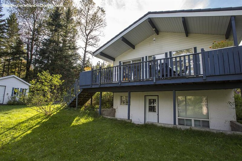 Chalet privee - Lac Huguette avec Spa, holiday rental in Harrington