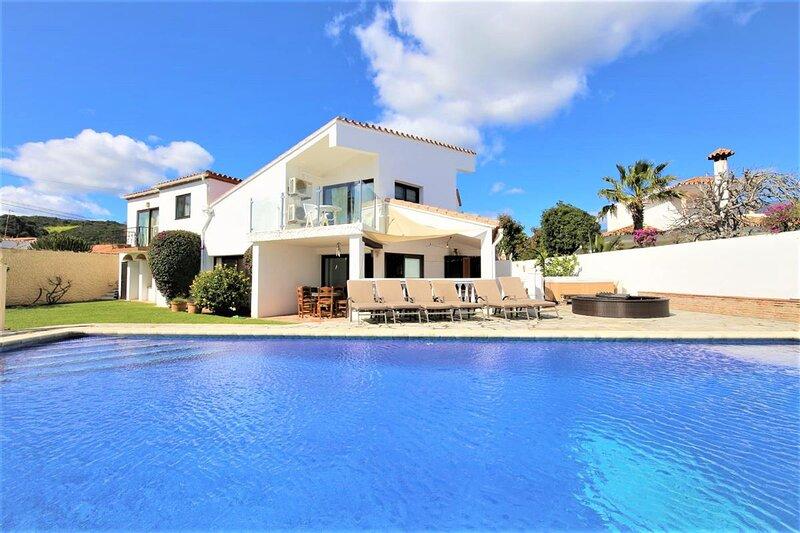 Villa LIMA, holiday rental in Casares del Sol