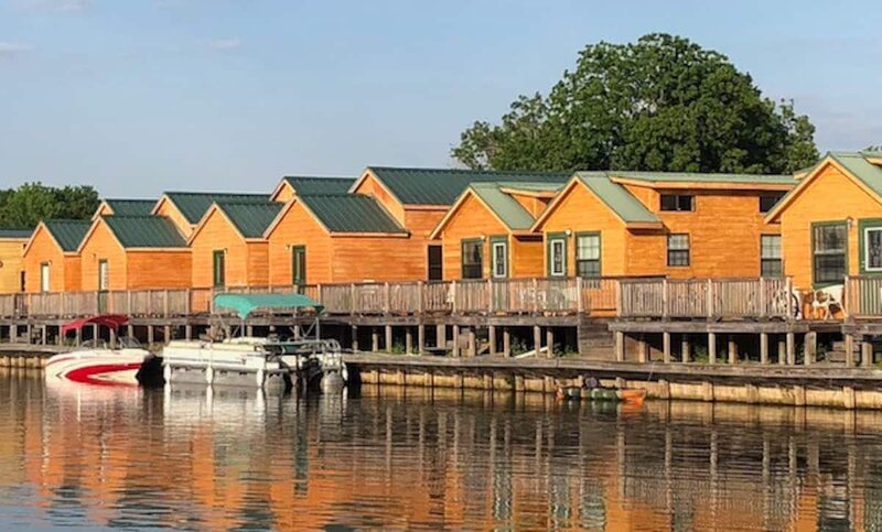 Cottage #100 on Lake Conroe, vacation rental in Willis