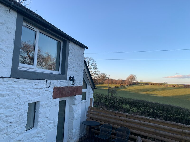 Delightful One Bed Lake District Cottage., holiday rental in Askham