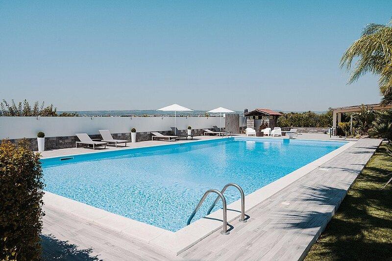 Villa *****, vacation rental in Belvedere