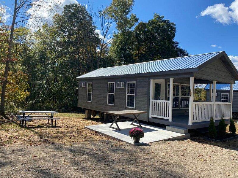 Farmhouse Cabin, alquiler vacacional en Logan