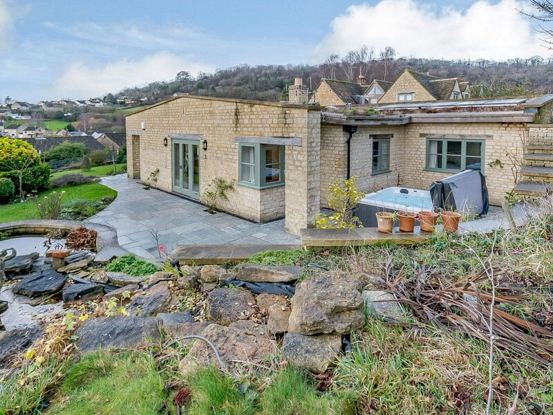 Coach House Cottage, vacation rental in Uley